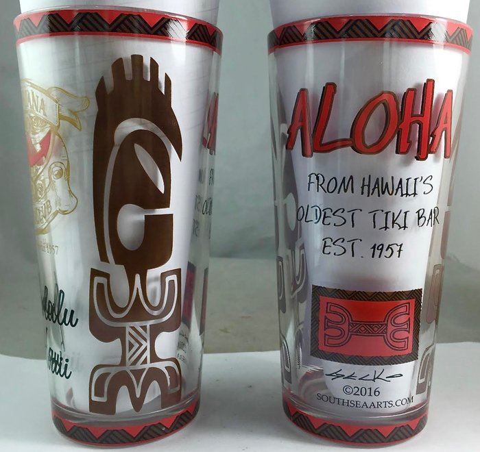 La Mariana Tiki Bar Souvenir Beer Pint Glasses